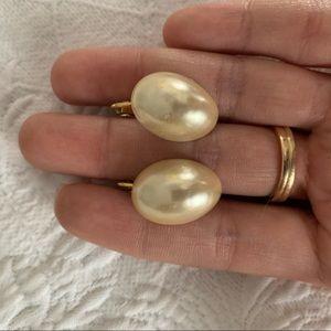 Clip-on pearl earrings